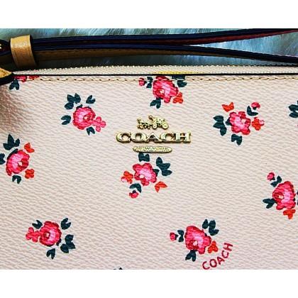 Coach F27094 Bechwood Floral Bloom Print Wristlet