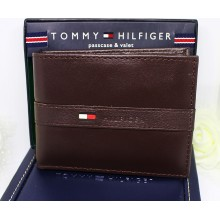 Tommy Hilfiger Men Ranger Passcase Wallet Dark Brown